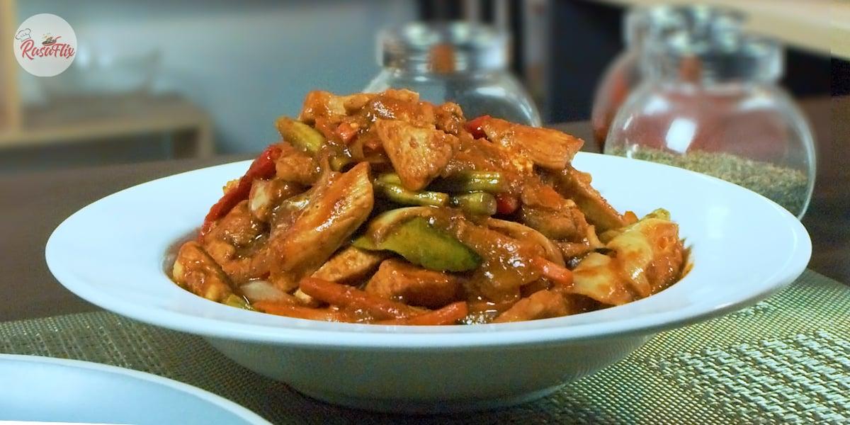 Resepi Ayam Paprik Ala Thai | Thai Style Spicy Chicken Stir-Fry Recipe