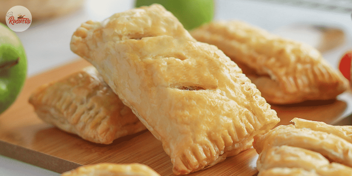 Flaky & Tasty Apple Pie Recipe | High Tea Dessert That You Have To Try !